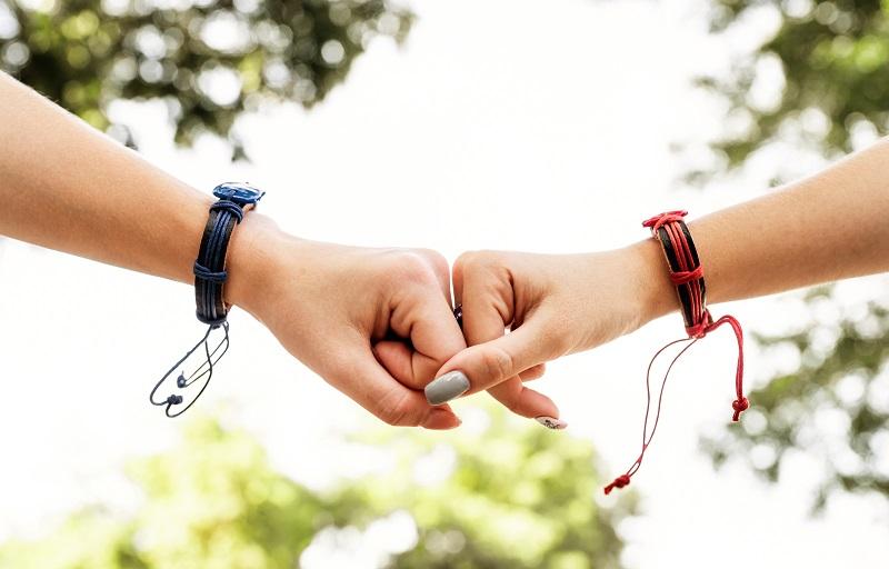 barátság karkötő
